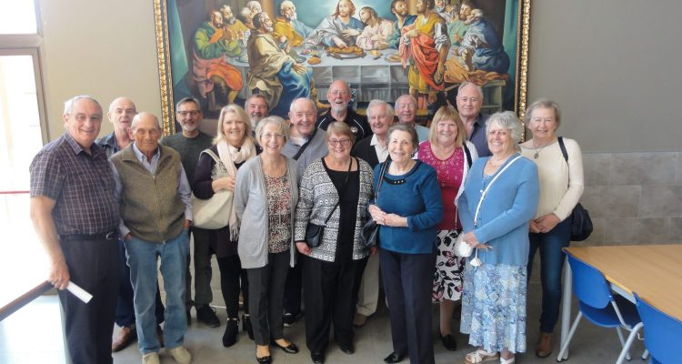 Local Freemasons visit the Franciscan hospice and refuge in Gandia.